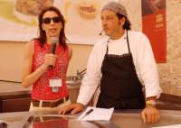 ivana piccitto e carmelo chiaramonte in occasione di cheeseart 2006  - Ragusa (3773 clic)