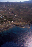 la costa tra punta fram e mursia   - Pantelleria (4501 clic)