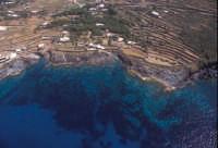 la costa tra punta fram e mursia  - Pantelleria (7358 clic)