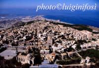 erice, trapani e le isole egadi viste dall'alto  - Erice (6187 clic)