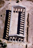 il tempio di segesta visto dall'alto  - Segesta (3338 clic)