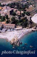 castel di tusa in una veduta aerea  - Castel di tusa (11680 clic)