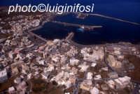 il porto e la città di pantelleria  - Pantelleria (3970 clic)