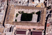 il quartiere spagnolo, sede municipale, visto dall'alto  - Marsala (3999 clic)