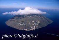veduta aerea di alicudi  - Alicudi (6482 clic)
