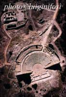 il teatro greco di segesta, dall'alto  - Segesta (2774 clic)