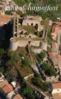 il castello in una veduta aerea  - Venetico (5589 clic)