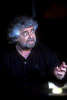 beppe grillo durante un suo spettacolo - ragusa 2005  Luigi Nifosì