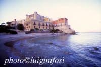 il castello  - Falconara (4643 clic)