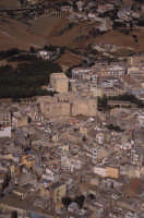 panorama aereo della città vecchia e il castello  - Sciacca (3469 clic)