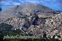 veduta aerea della città e del castello  - Caccamo (5483 clic)