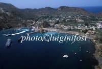 veduta aerea del porto  - Vulcano (4067 clic)