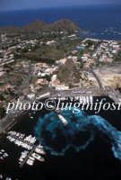 veduta aerea del porto  - Vulcano (4051 clic)