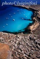 l'azzurro del mare a cala rossa  - Favignana (4015 clic)
