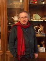 Franco Ruta - titolare della rinomata dolceria Bonajuto di Modica  - Modica (5636 clic)