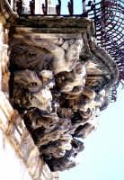 mensole reggibalcone di palazzo Cosentini a Ragusa Ibla RAGUSA Luigi Nifosì