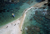 vista aerea della spiaggetta dell'Isola Bella  - Taormina (9742 clic)