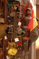 pupi siciliani in una bottega di ortigia  - Siracusa (2051 clic)