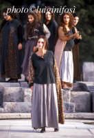 rappresentazioni classiche al teatro greco - 2002 le baccanti  - Siracusa (2377 clic)
