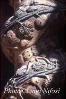l'Annunziata - particolare delle colonne tortili  - Palazzolo acreide (3844 clic)