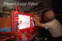 carradore al lavoro su un tradizionale carretto siciliano  - Scicli (5878 clic)