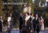 rappresentazioni classiche al teatro greco - 2004 edipo re  - Siracusa (2390 clic)