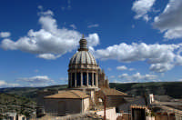 la cupola di san giorgio tra le nuvole  - Ragusa (3832 clic)