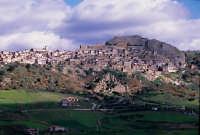 panorama della citta'  - Sperlinga (6708 clic)