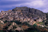 panorama della citta'  - Sperlinga (9393 clic)