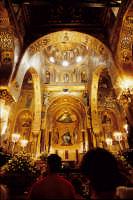 turisti nella cappella palatina PALERMO Luigi Nifosì