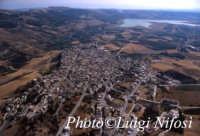 la città e il lago Arancio  - Sambuca di sicilia (4492 clic)