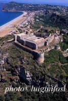il castello visto dall'alto  - Milazzo (5578 clic)
