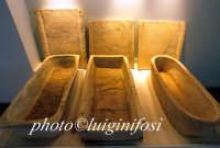 museo regionale di Camarina - sarcofagi  - Camarina (7291 clic)