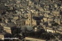 veduta aerea del duomo di san giorgio  - Modica (2450 clic)