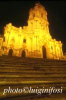 notturno del duomo di San Giorgio  - Modica (4375 clic)