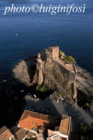 il castello  - Aci castello (4986 clic)
