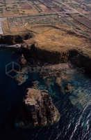 il villaggio dei faraglioni visto dall'alto  - Ustica (4412 clic)