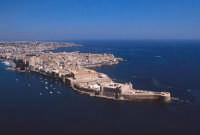 veduta aerea dell'isola di ortigia con il castello maniace in primo piano  - Siracusa (4404 clic)