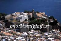 veduta aerea del castello  - Lipari (3262 clic)