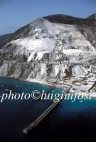 veduta aerea della cava di pomice  - Lipari (5609 clic)