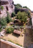 dalla finestra del museo archeologico Bernabò Brea  - Lipari (2280 clic)