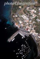veduta aerea del porto  - Salina (5191 clic)