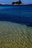 il mare e l'isola brancati a marzamemi  - Marzamemi (5915 clic)