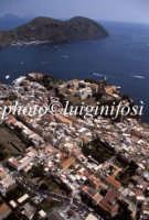 veduta aerea della città  - Lipari (4011 clic)