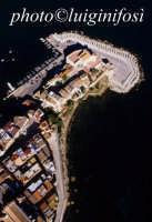il castello visto dall'alto  - Castellammare del golfo (2377 clic)