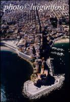 il castello e la citta' visti dall'alto  - Castellammare del golfo (3165 clic)