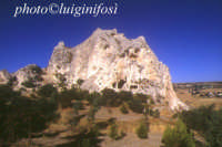 il monolito - complesso rupestre  - Grotte (8216 clic)