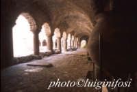 il chiostro all'interno della cattedrale di san bartolomeo  - Lipari (1829 clic)