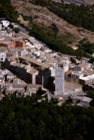 veduta aerea della cattedrale e della torre  - Erice (5307 clic)