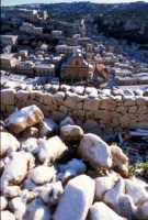 la chiesa di san pietro e il castello dopo la nevicata   - Modica (3352 clic)